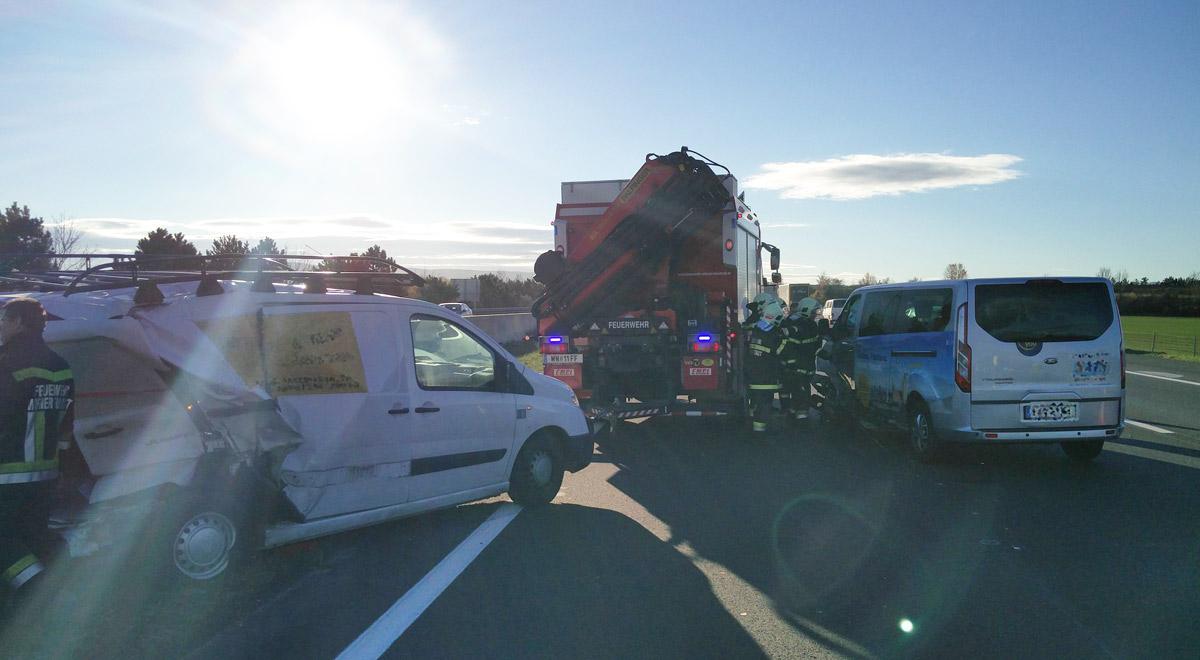 Verkehrsunfall Südautobahn / Foto: Presseteam Feuerwehr Wiener Neustadt