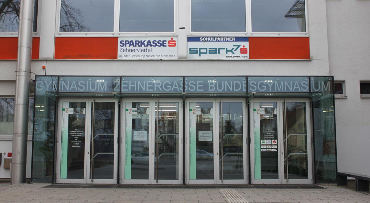 Bundesgymnasium Zehnergasse / Foto: Anton-kurt, eigenes Werk (CC BY-SA 3.0)