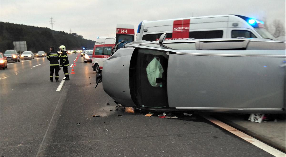 Verkehrsunfall A2 / Foto: RK NOE \ Johannes Wallner