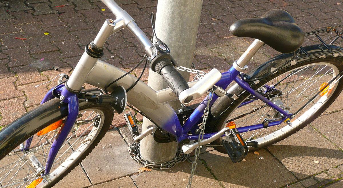 Fahrrad-Diebstahl / ©  Gabi Schoenemann / pixelio.de