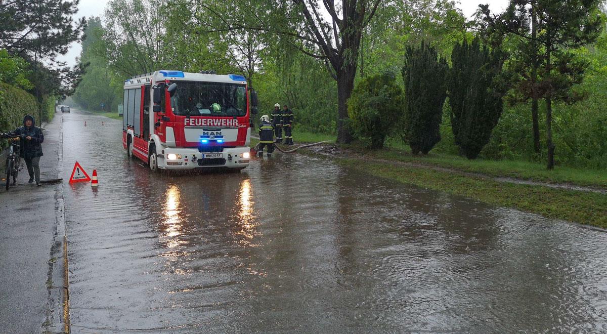 Feuerwehr Starkregen / Foto: Presseteam ffwrn.at