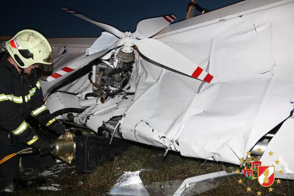 Flugzeugabsturz / Foto: Presseteam Feuerwehr Wr. Neustadt