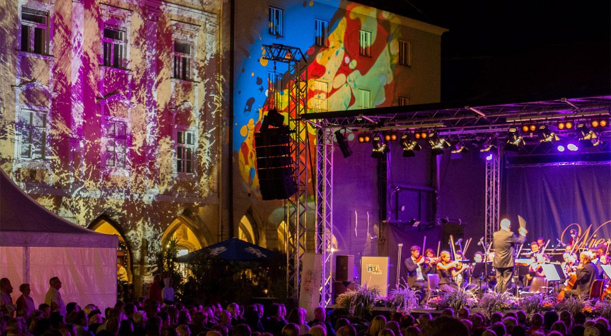 Klassik-Konzert am Hauptplatz / Foto: Wiener Neustadt/Pürer