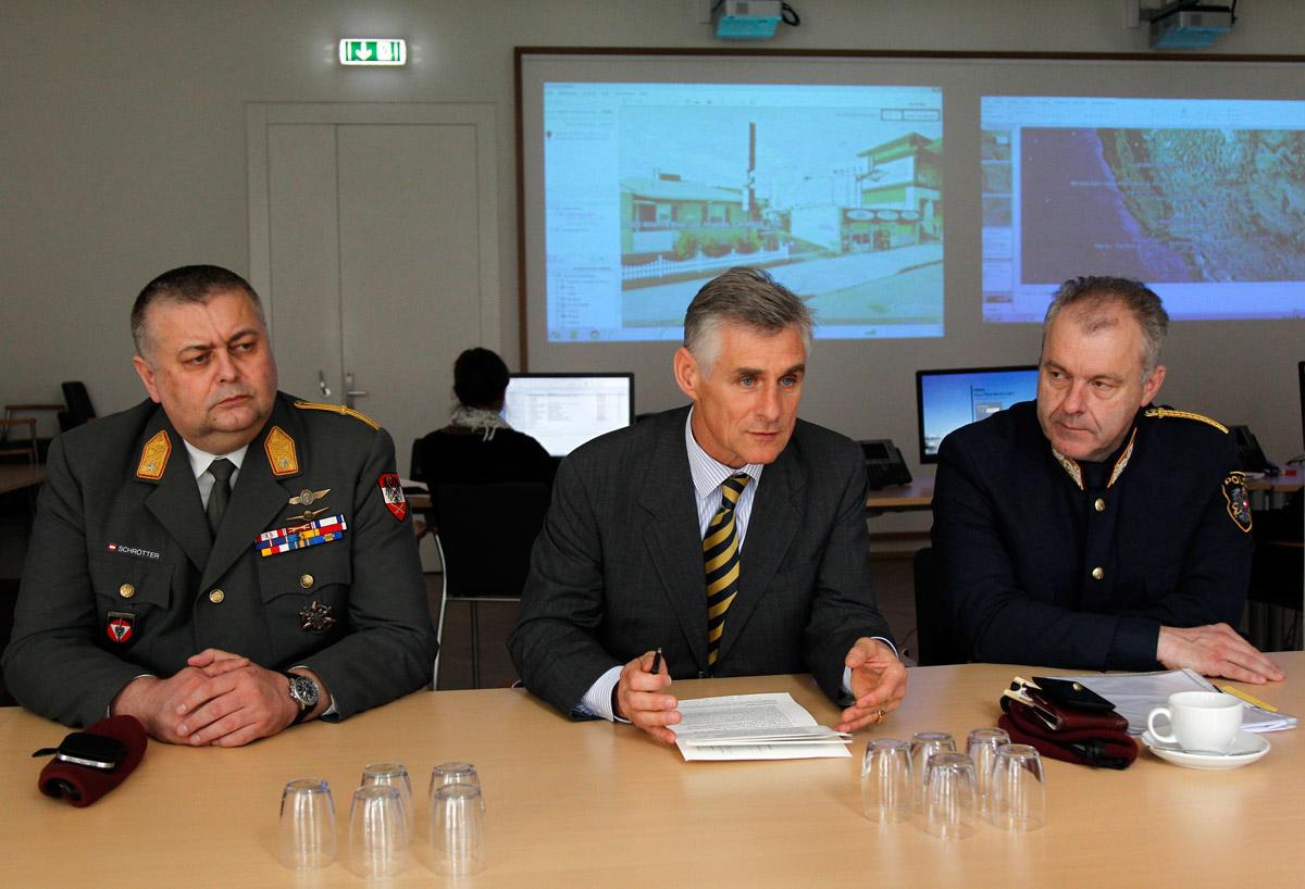 Gemeinsames Krisentraining von Au§en-, Innen- und Verteidigungsministerium / Foto: BMEIA