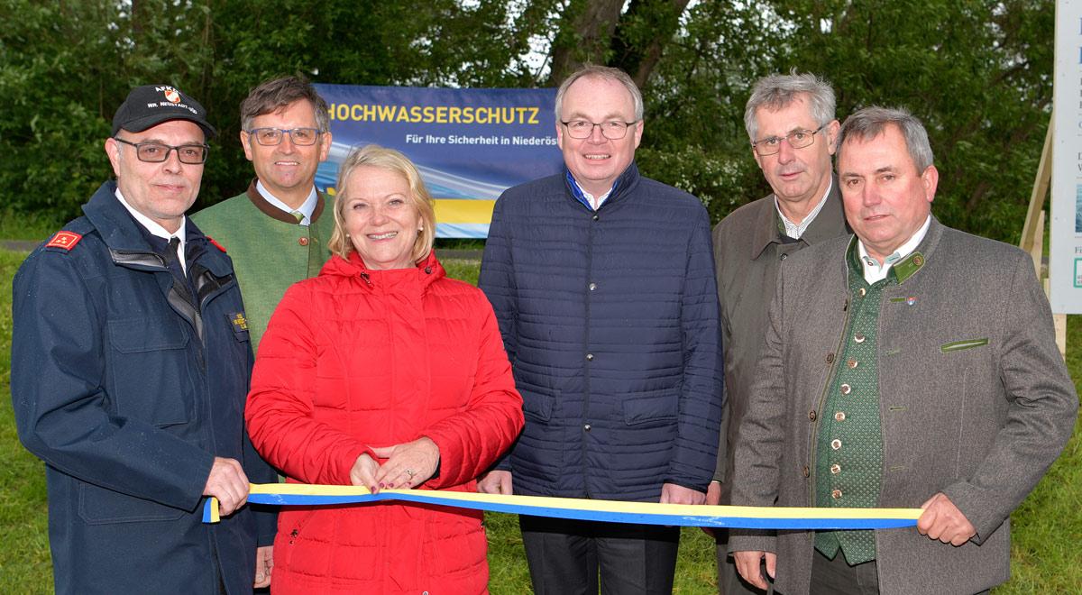 Hochwasserschutz / Foto: © NLK Reinberger