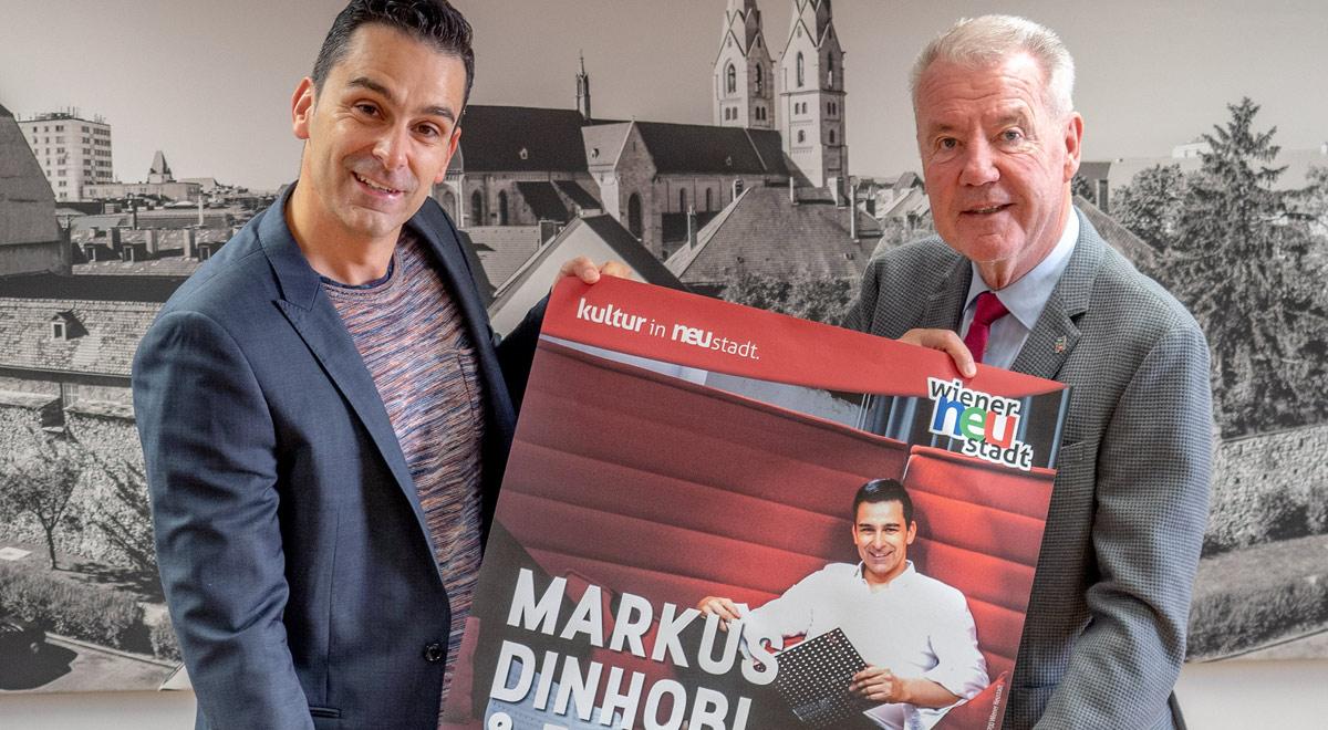 Markus Dinhobl im Stadttheater / Foto: Wiener Neustadt/Pürer
