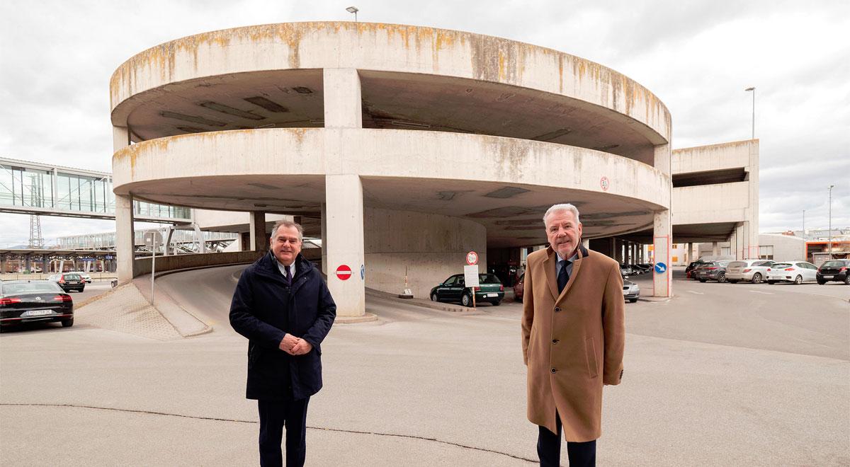 Neues ÖBB-Parkdeck am Bahnhof / Foto: Stadt Wiener Neustadt/Weller