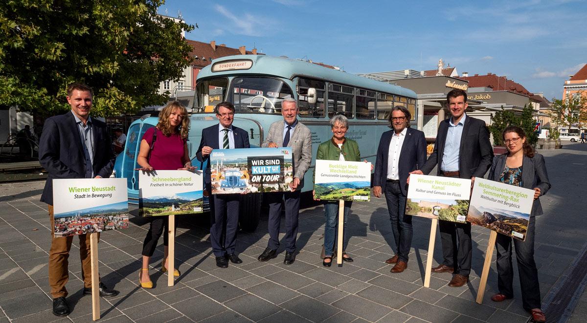 Oldtimer-Bus kommt in die Regionen! / Foto: Stadt Wiener Neustadt/Weller