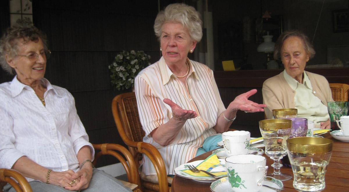 Seniorenklubs / ©  Astrid Götze-Happe / pixelio.de