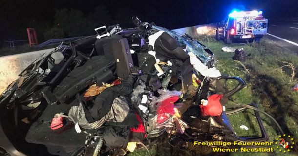 Foto: A2 Verkehrsunfall fordert einen Toten