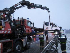 Unfall auf A2 / Foto: Presseteam Feuerwehr Wr. Neustadt