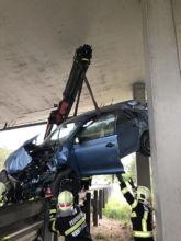 Bergung Unfallfahrzeug / Foto: Presseteam d. FF Wr. Neustadt