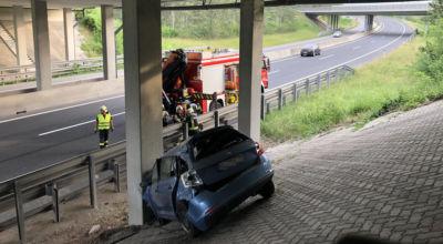 Verkehrsunfall bei Autobahnbrücke / Foto: Presseteam d. FF Wr. Neustadt