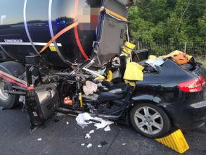 Unfallfahrzeug nach Auffahrunfall / Foto: Presseteam ffwrn.at