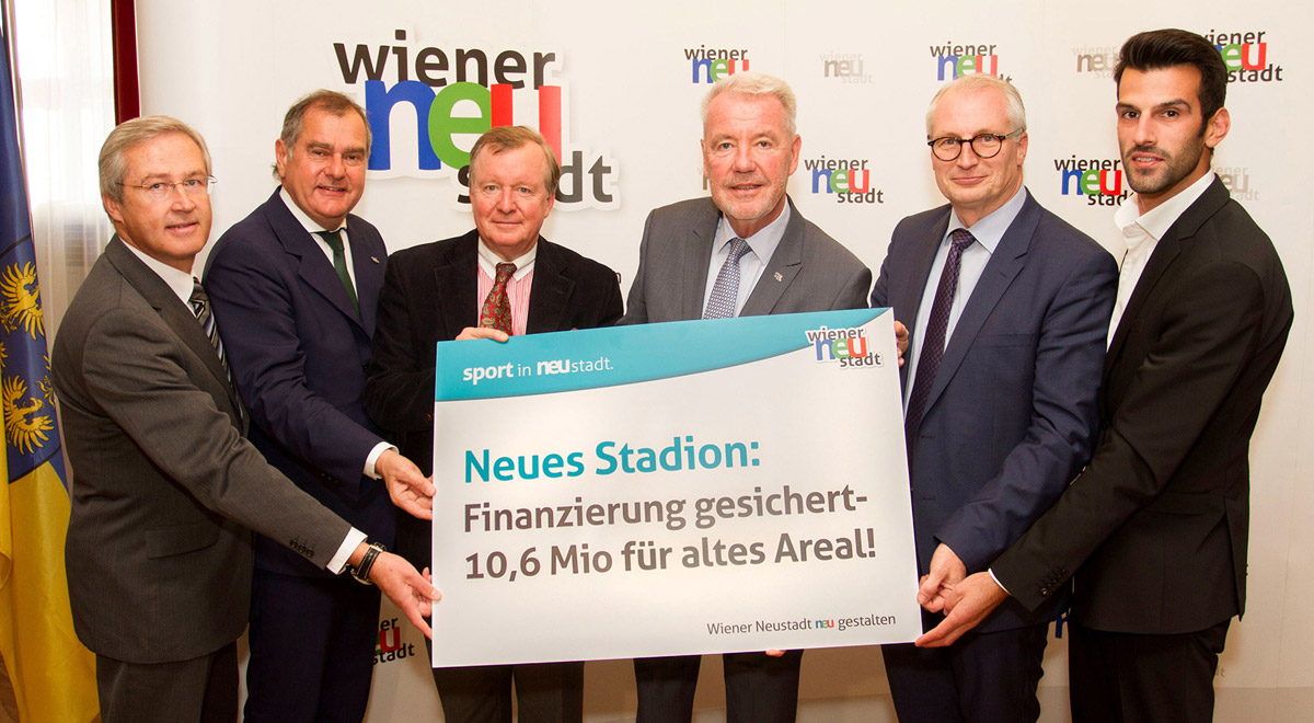 Verkauf altes Stadion / Foto: Wiener Neustadt/Weller