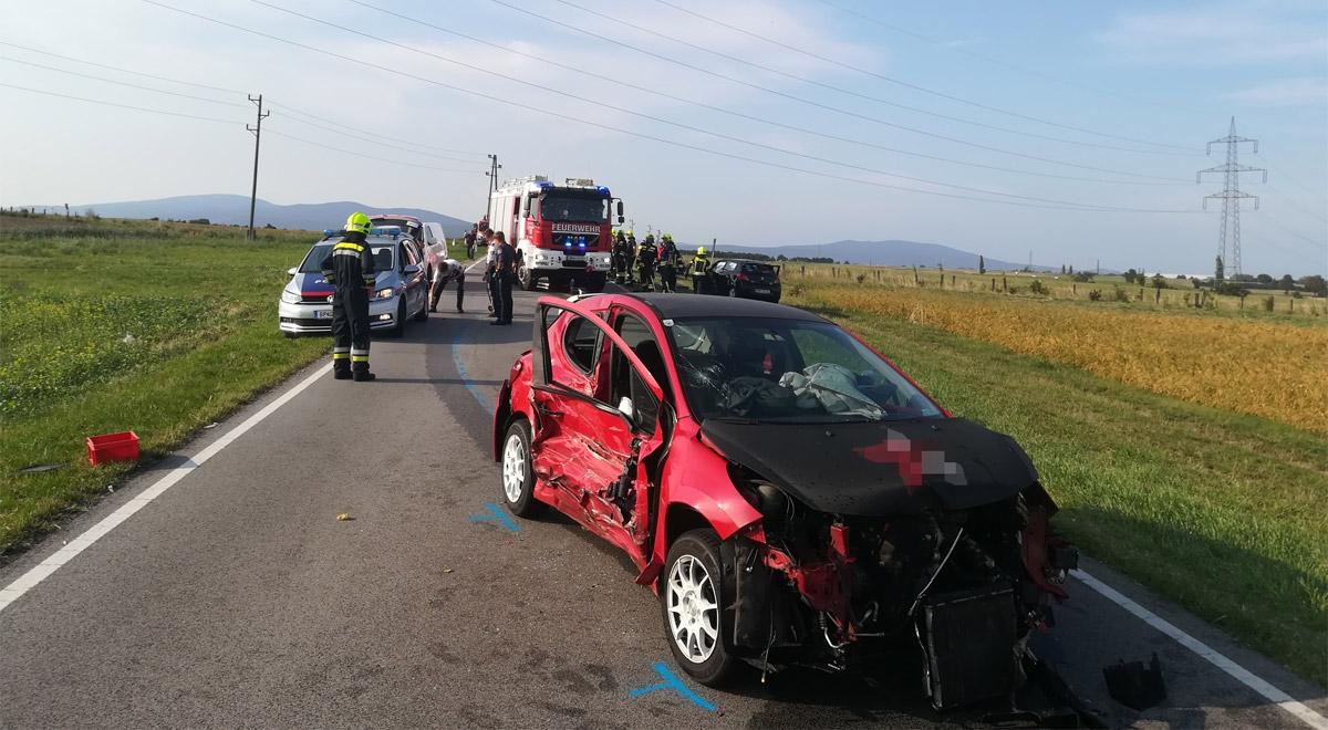 Verkehrsunfall bei Matzendorf / Foto: RKNOE / M.Schramböck