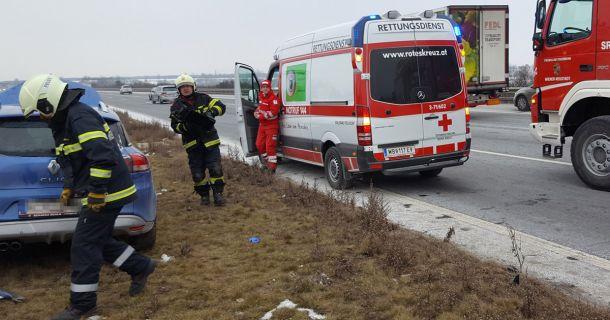 Verkehrsunfall mit Verletzten auf der Südautobahn