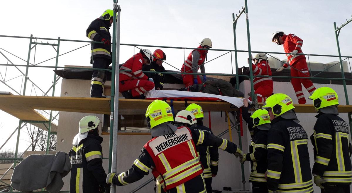 Bergung Bauarbeiter / Foto: RKNÖ / H.P.Weiss