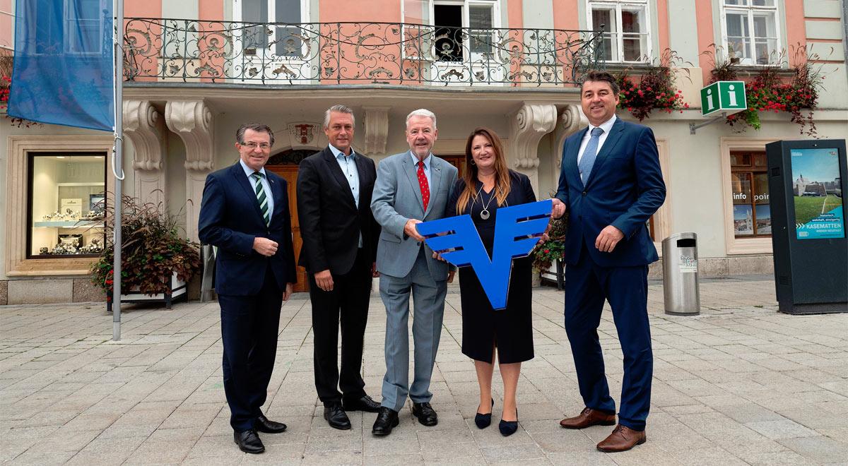 Volksbank Wien als Hauptsponsor des Kulturprogramms / Foto: Stadt Wiener Neustadt/Weller