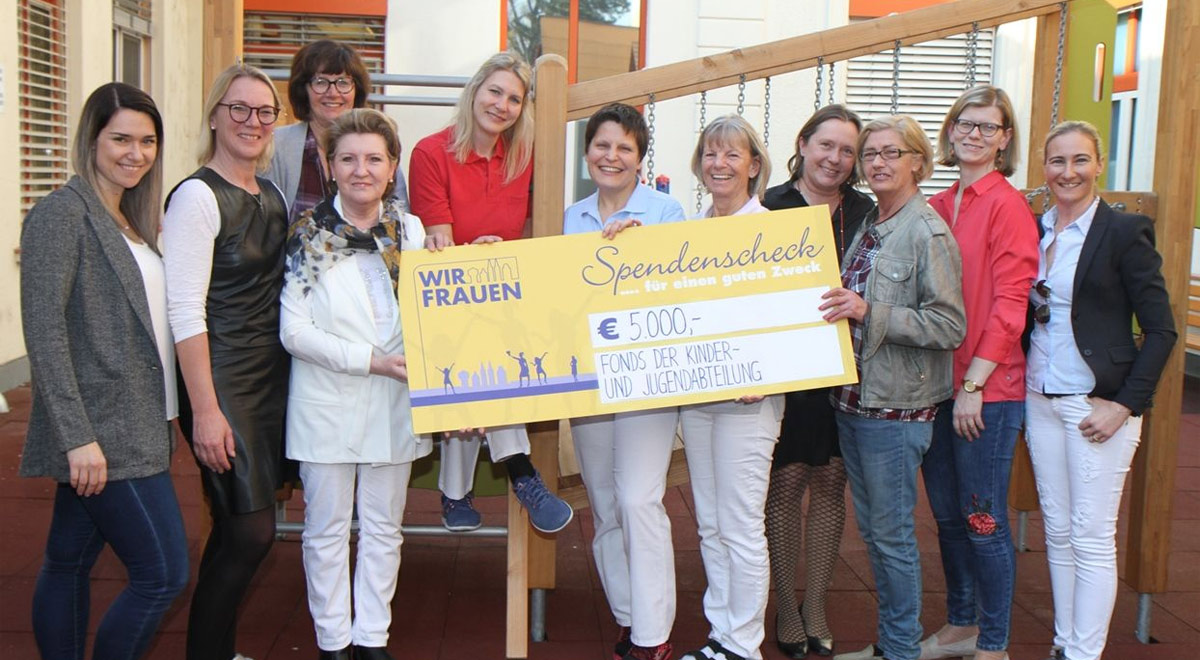 Wir Frauen Spendenübergabe / Foto: zVg.
