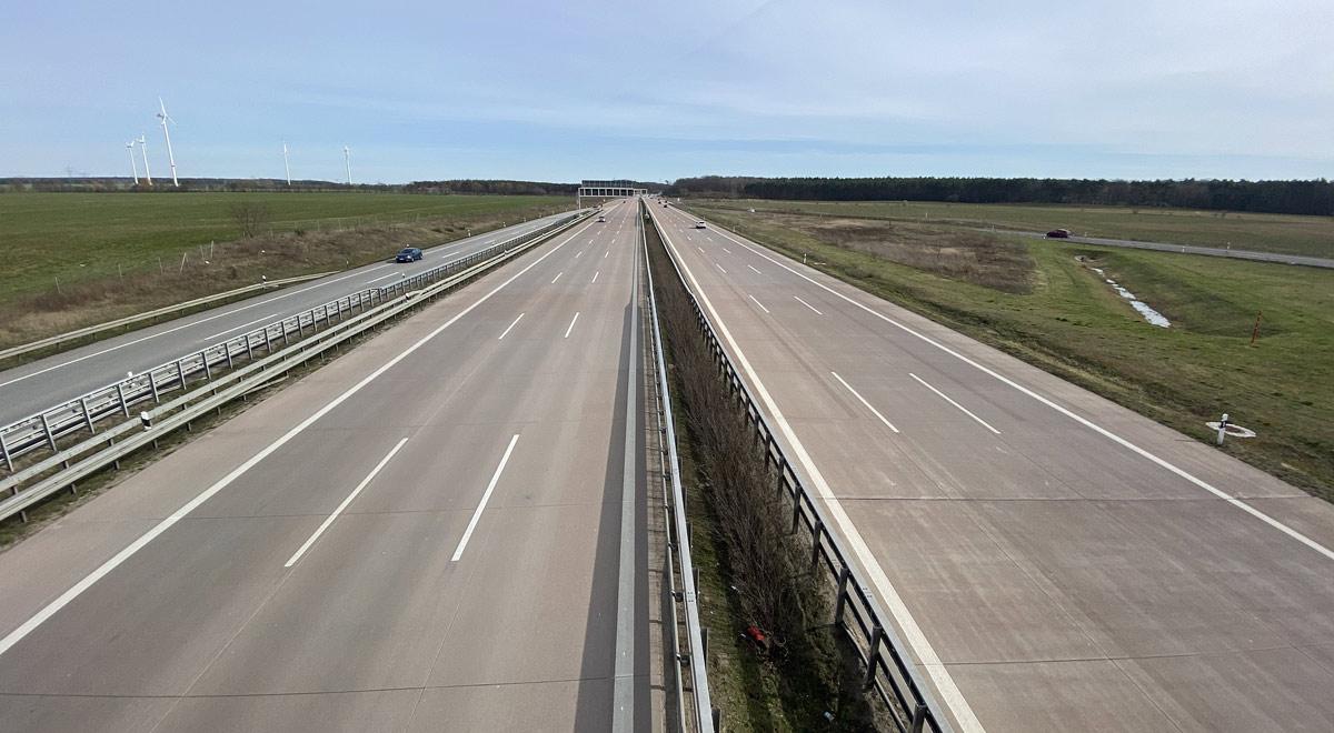 Leere Autobahn / Foto: geofux / pixabay