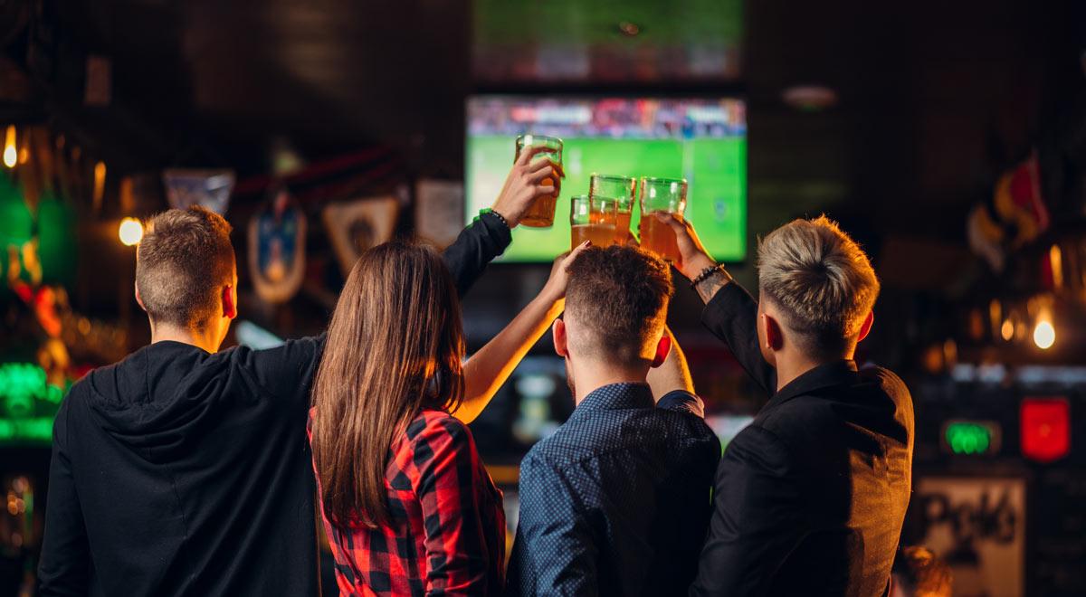 Fußball-EM schauen / Foto: freepik