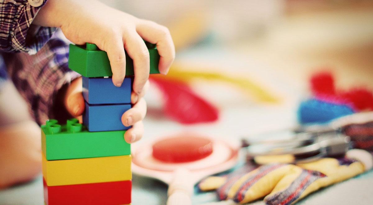 Kinderbetreuung / Foto: Esi Grünhagen / Pixabay