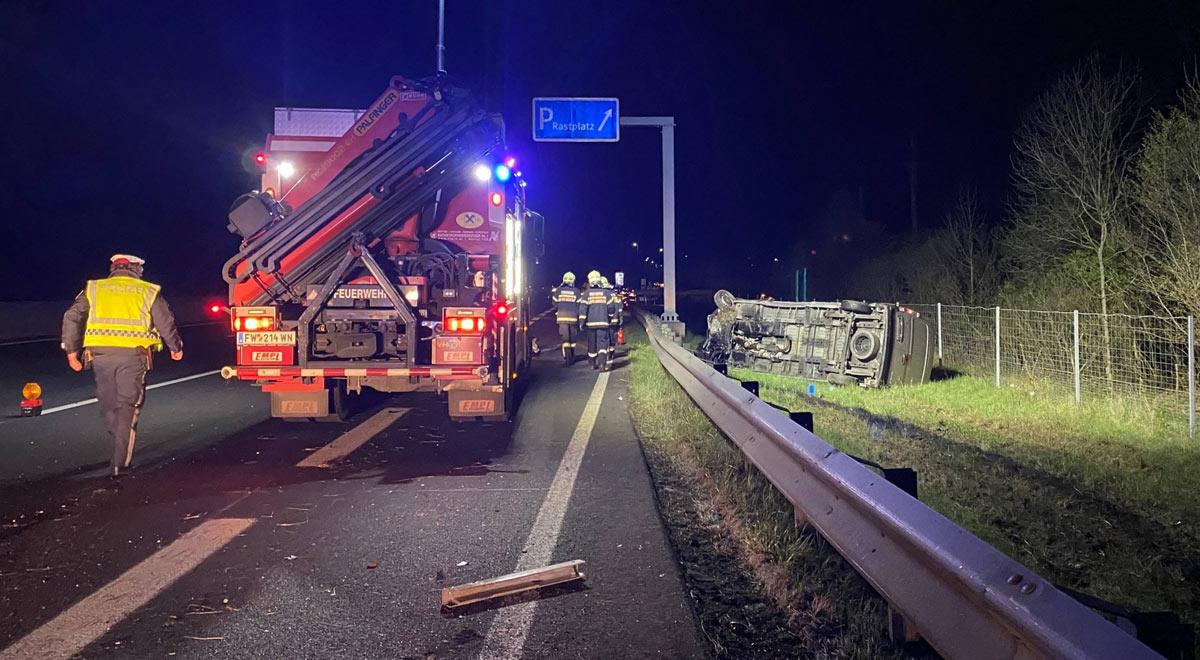 Verkehrsunfall A2 / Foto: Presseteam d. FF Wr. Neustadt
