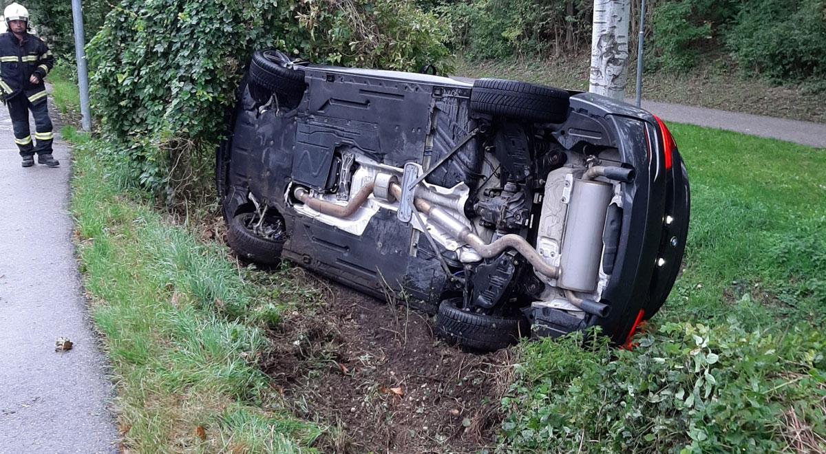 Unfall mit BMW / Foto: Presseteam d. FF Wr. Neustadt