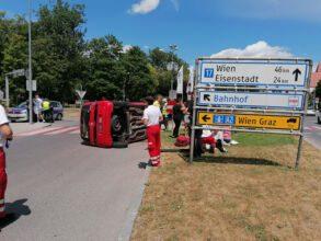 Schwerer Verkehrsunfall beim <a href=https://www.wn24.at/poi/wasserturm>Wasserturm</a> / Foto: Presseteam d. FF Wr. Neustadt